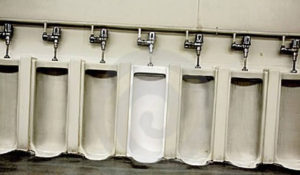 rencontre gay toilette disney
